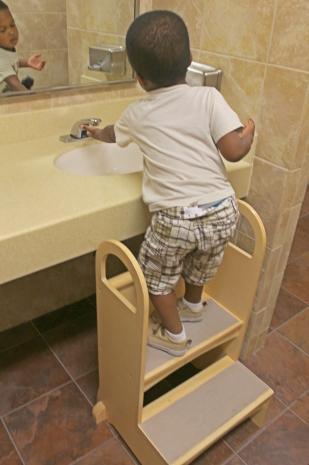 bathroom-step-stool