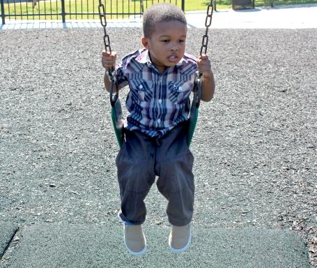 camden-swinging